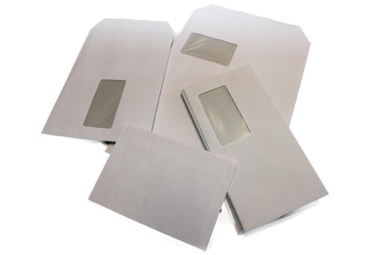 verschiedene Formate für Briefumschläge